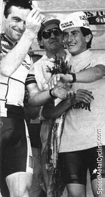Hinault and Herrera on the podium of the Clasico RCN in 1986.