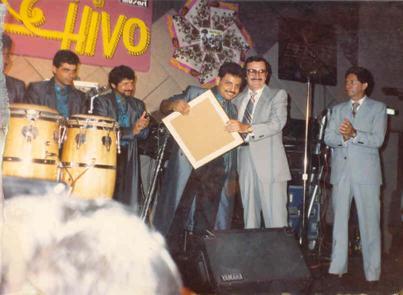 ¡¡¡Inolvidable!!! nuestro querido amigo yDirector General de Discos DLV Don Basilio Villarreal, siempre recordado con cariñoporel apoyo que nos brindó en los momentos claves de nuestra carrera.