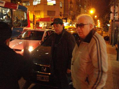 La hermosa noche de Buenos Aires llegó y el maestro nos invitó a tomar algo a un café muy agradable.