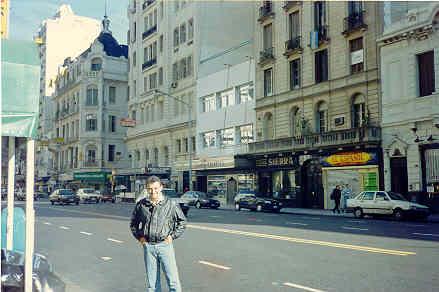 Caminar por las calles de Buenos Aires....toda una experiencia.