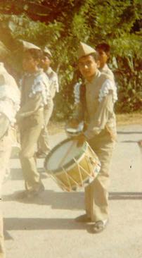 A mis14 años, un 20 de Noviembre para mí... inolvidable con mi uniforme y mi tambor desfilando por mi Ciudad.