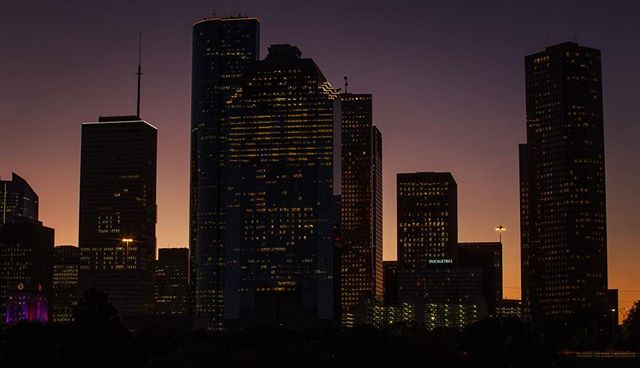 Support for the #Houston Astros can be seen on the downtown skyline the morning after the #Astros tied the #WorldSeries 1-1 against the Los Angeles #Dodgers | Godofredo A. Vasquez / Houston Chronicle  #photojournalism #Stros #GoAstros #houstonstrong