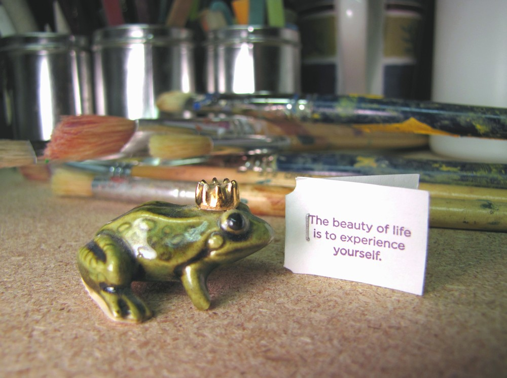 frog prince - tea tag message - art studio