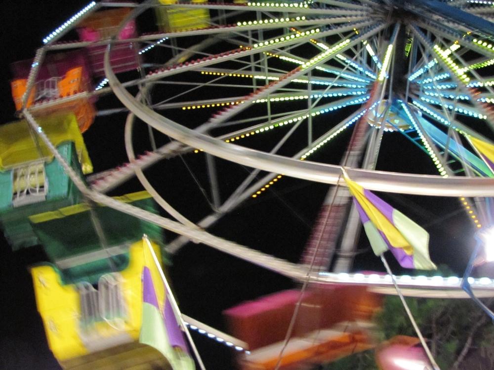gigi reinette - carnival ferris wheel paradise amusements