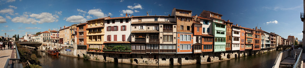 Canal side Housing - France