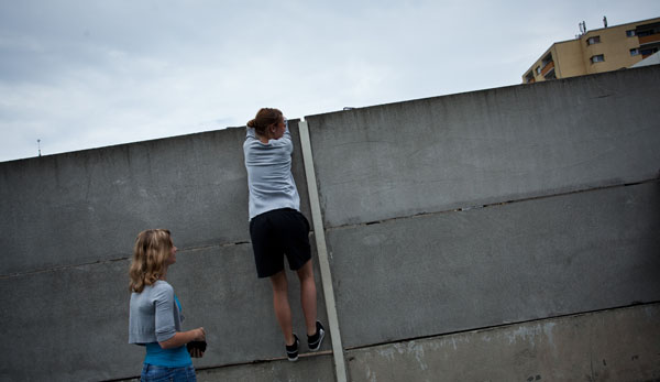 The Wall 03