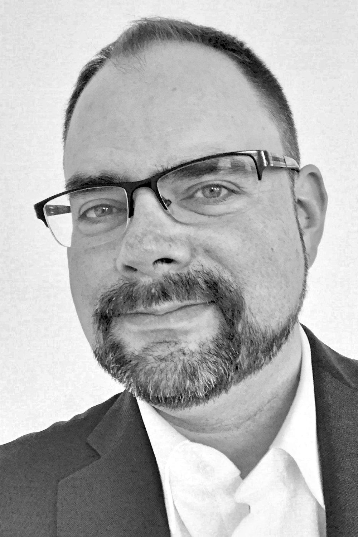 Christopher Kriz - Headshot.jpg