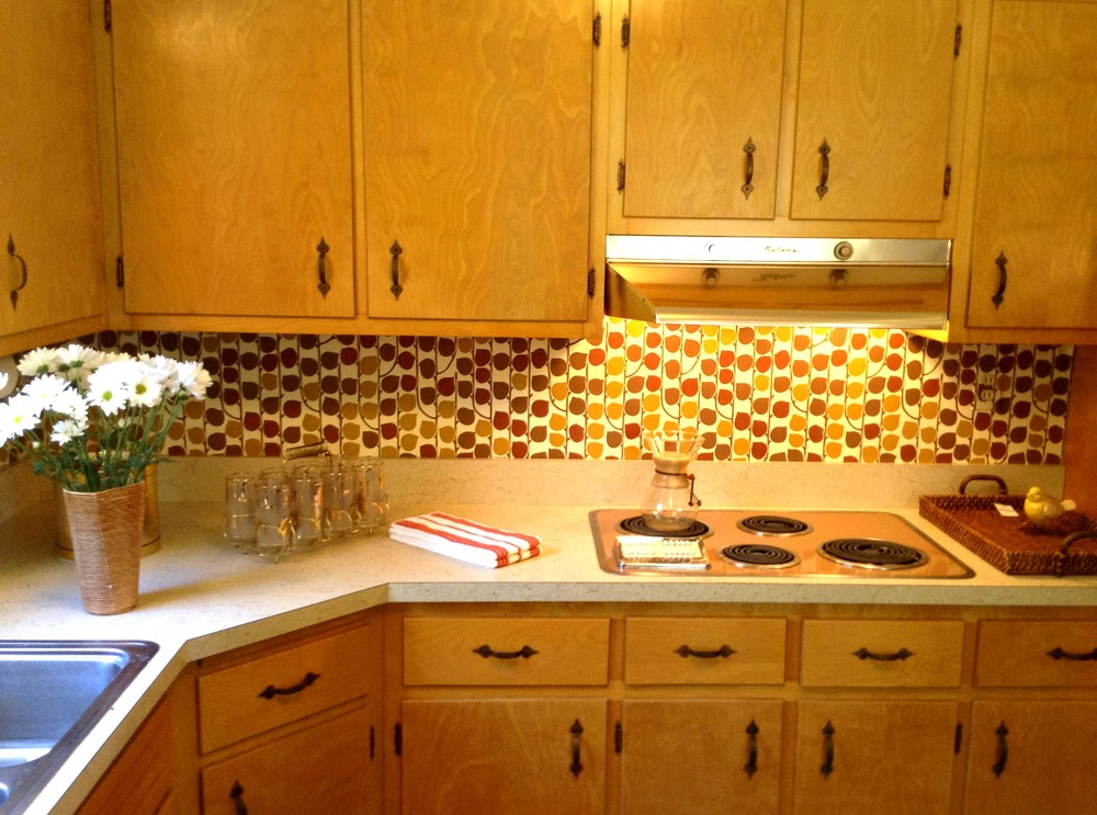 retro kitchs ed.jpg