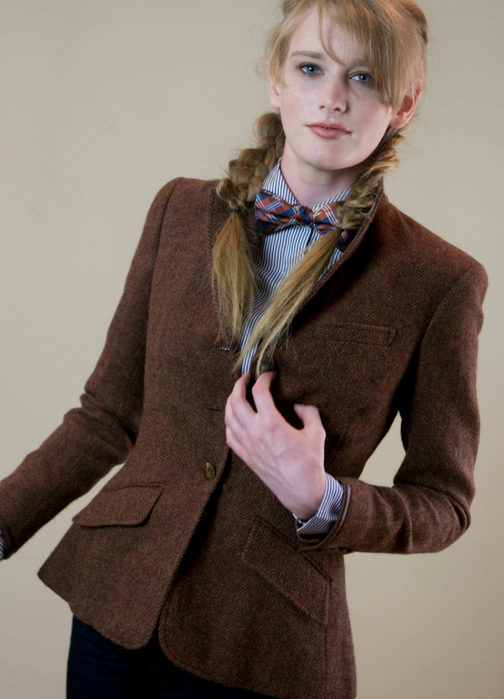 tweed bow+=.jpg