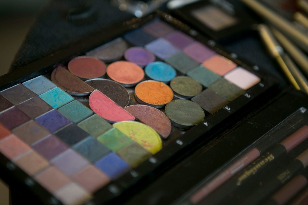 eye shadow pallette.jpg