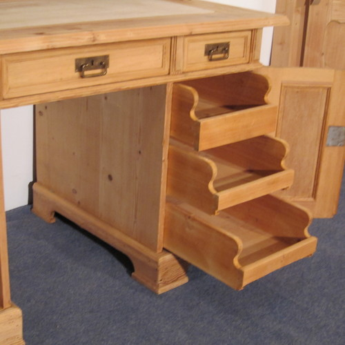 Large Antique Pine Office Desk (f6801d) - Antique Pine Desks — Pinefinders Old Pine Furniture Warehouse