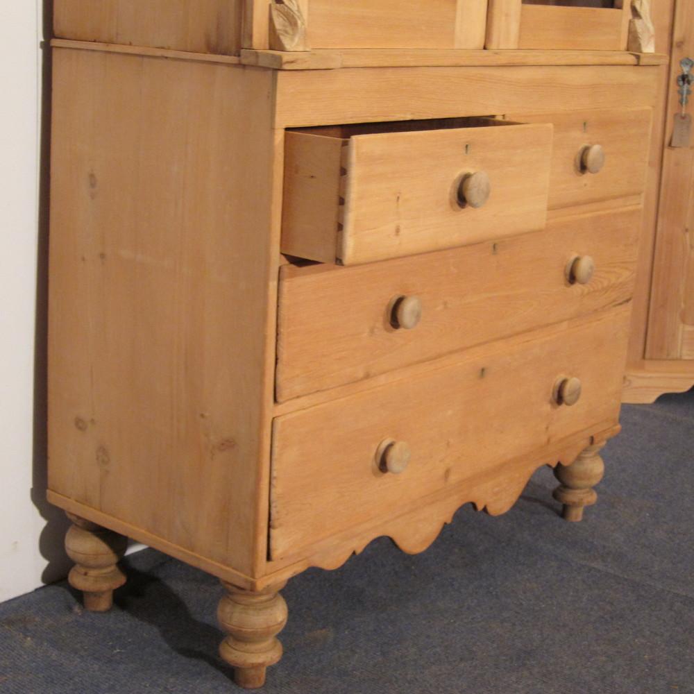 Large Old Scottish Pine Dresser (f6008d)