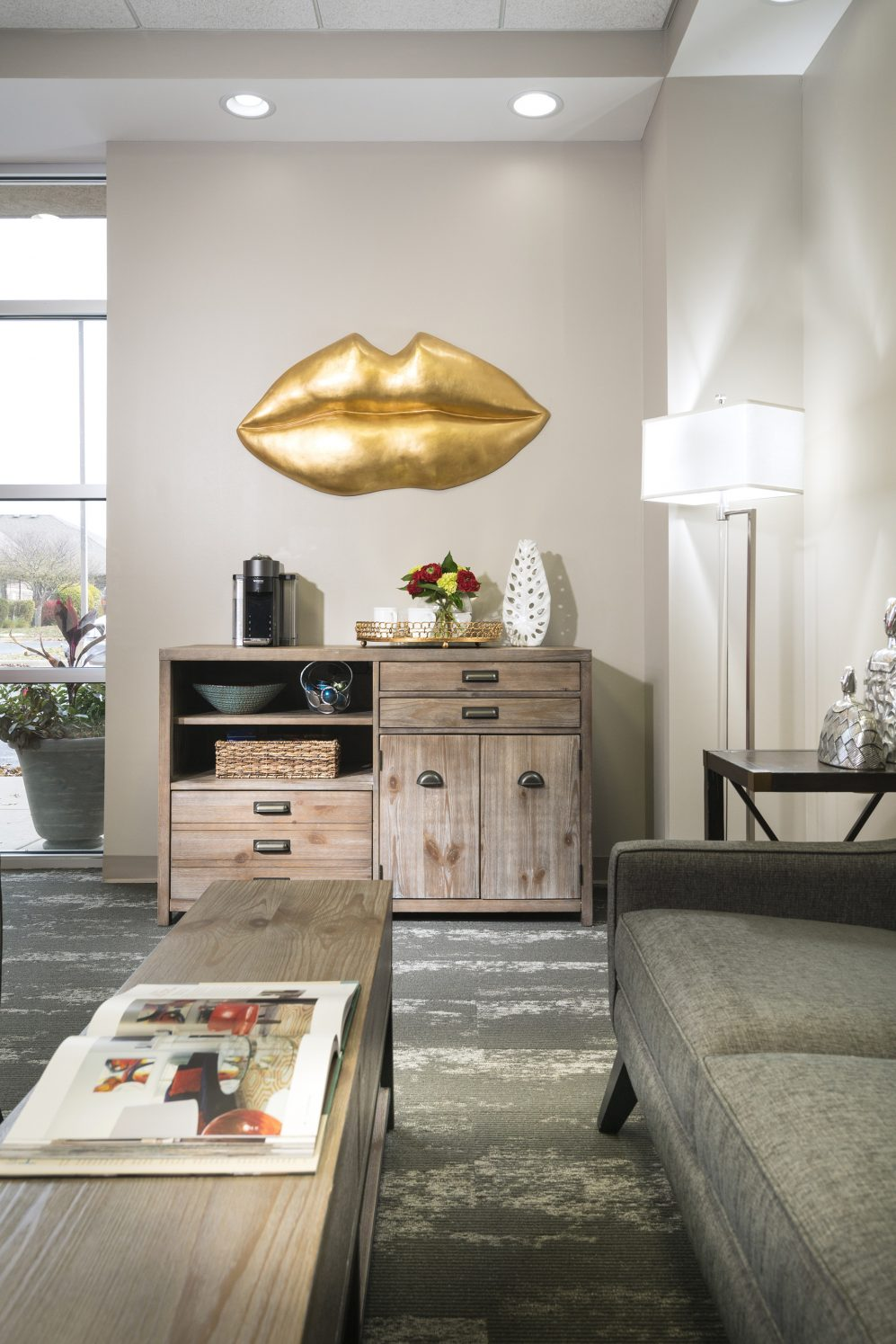 Photography provided by  Global Image Creation  via  Decorating Den Interiors