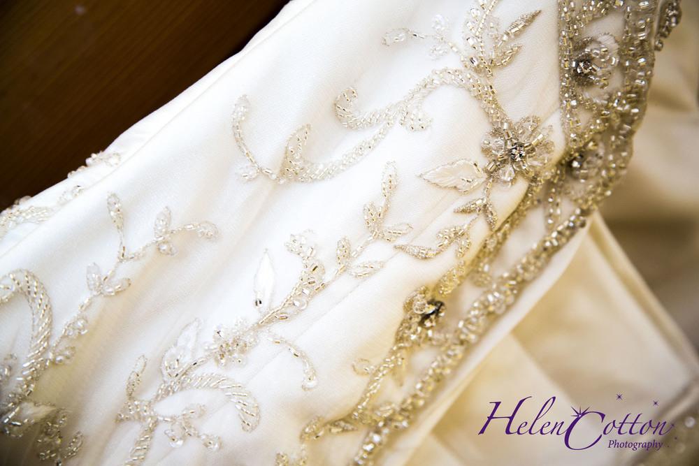 Lisa & Neil's Wedding_Helen Cotton Photography©06.jpg