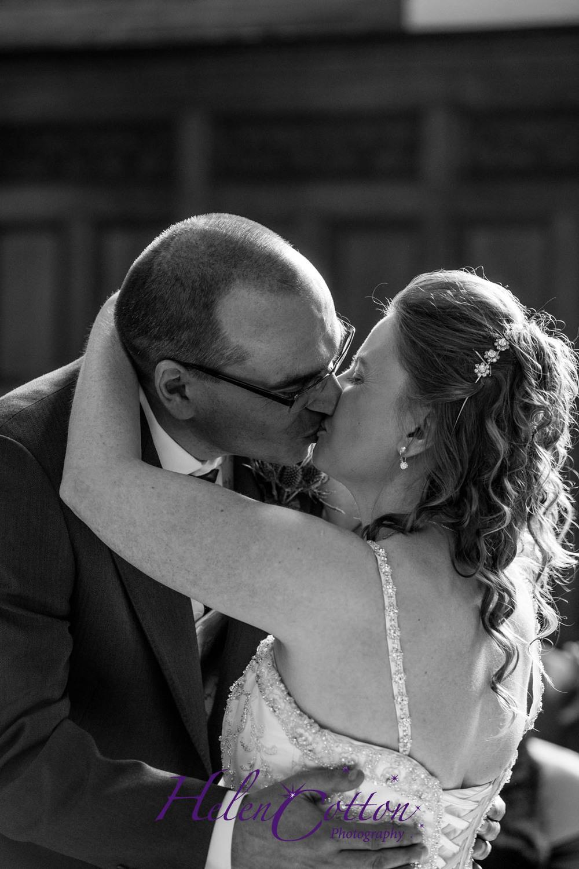 Lisa & Neil's Wedding_Helen Cotton Photography©236.jpg