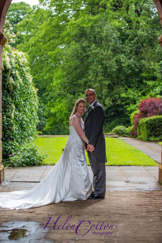 Lisa & Neil's Wedding_Helen Cotton Photography©744.jpg