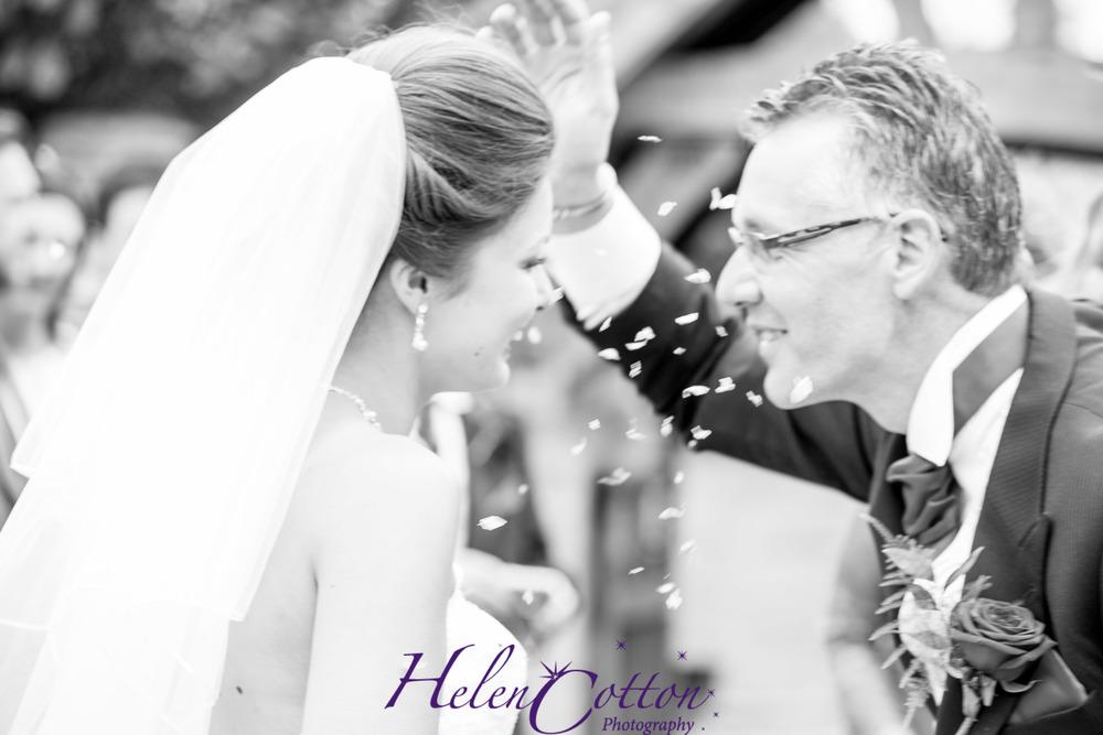 Sian & Rob's Wedding_Helen Cotton Photography©-0906.JPG