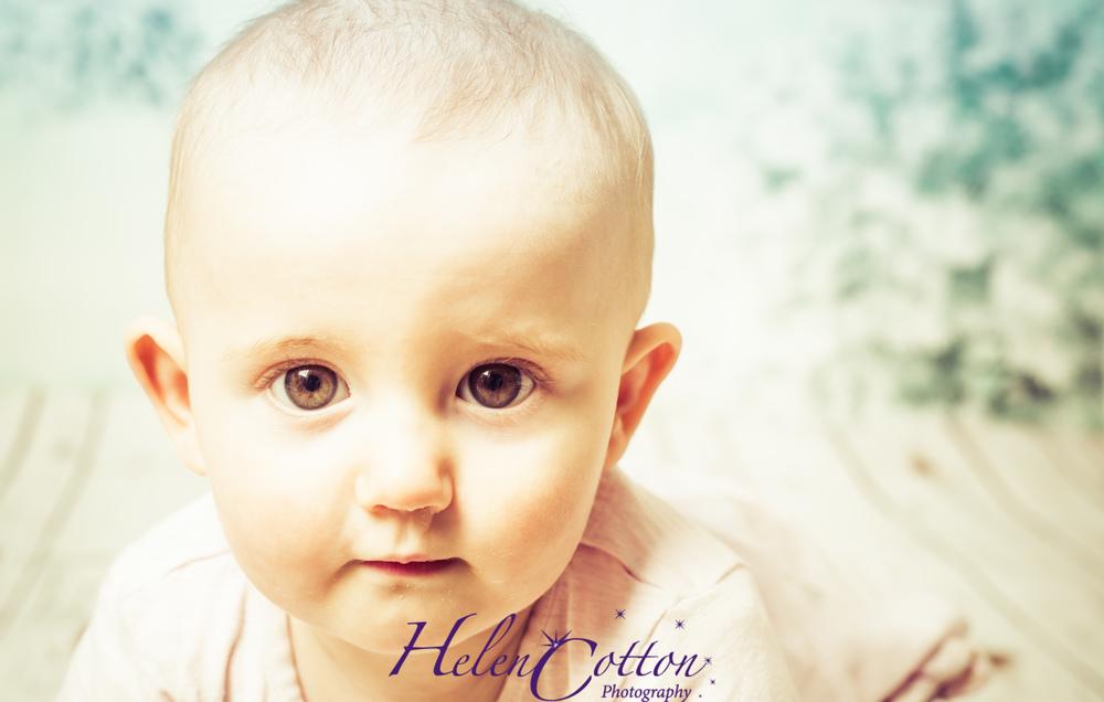 Eleanor Christmas_Helen Cotton Photography©-7624.JPG