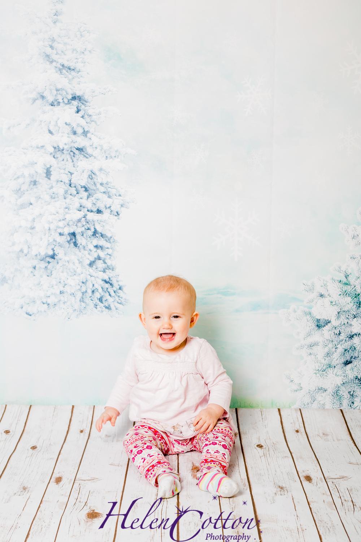 Eleanor Christmas_Helen Cotton Photography©-7626.JPG