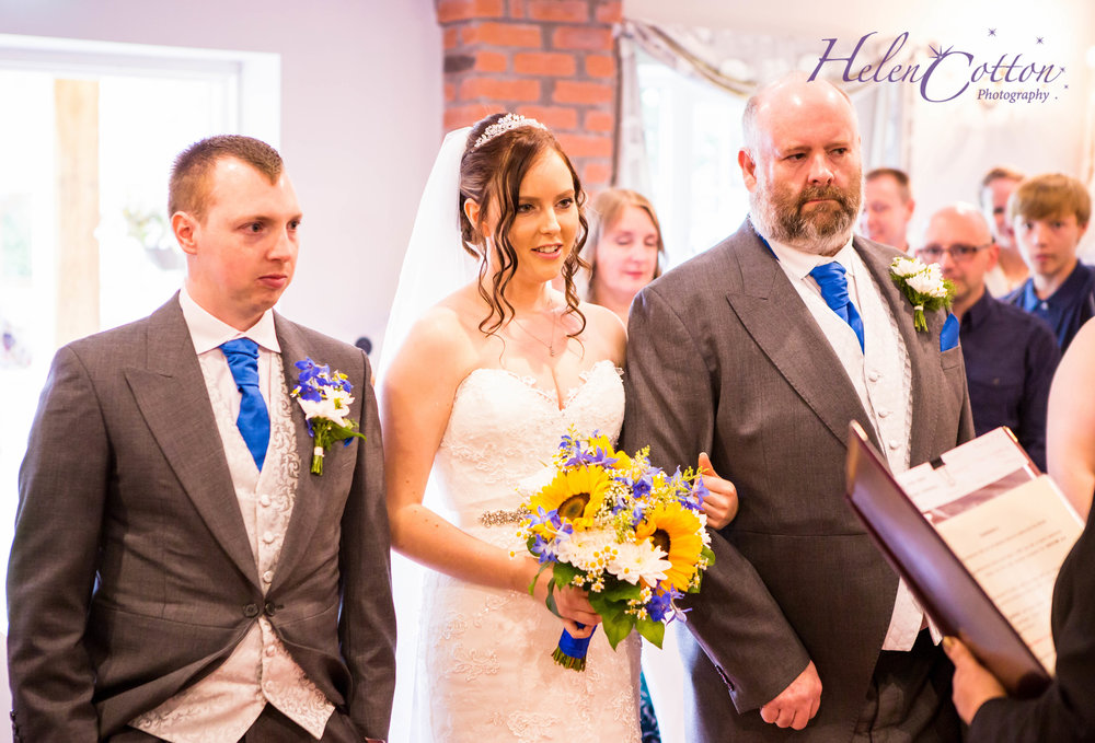 Trudy & Mike's Wedding_WEB Wedding_Helen Cotton Photography©IMG_0093-Edit-2.JPG