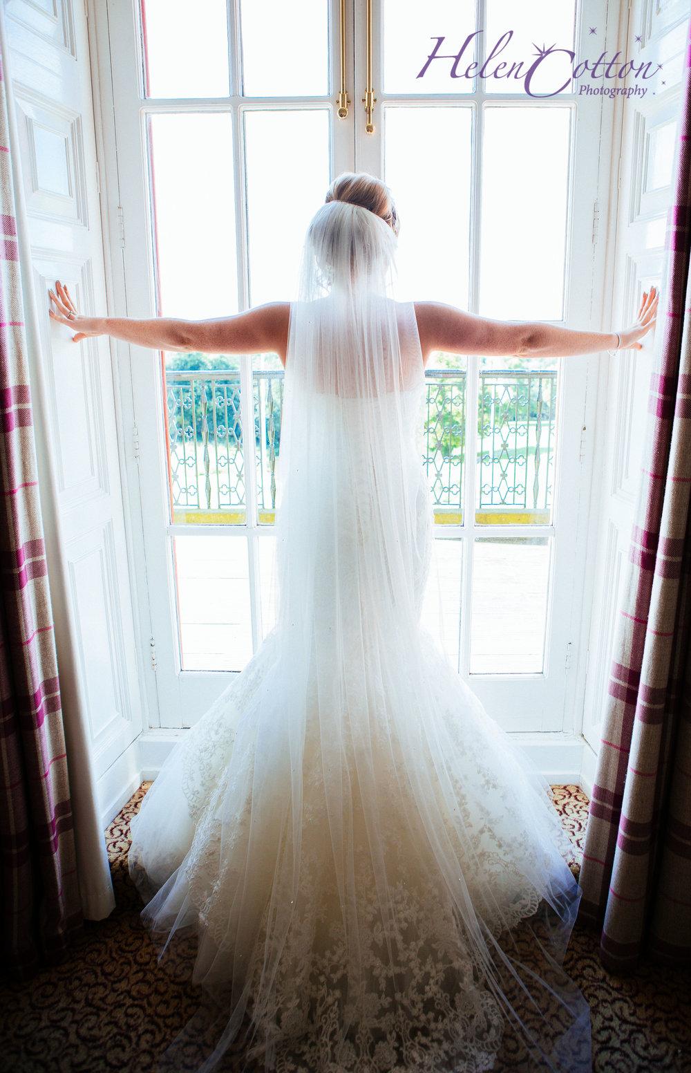 Emily & Chris's Wedding_WEB Wedding_Helen Cotton Photography©IMG_1032.JPG