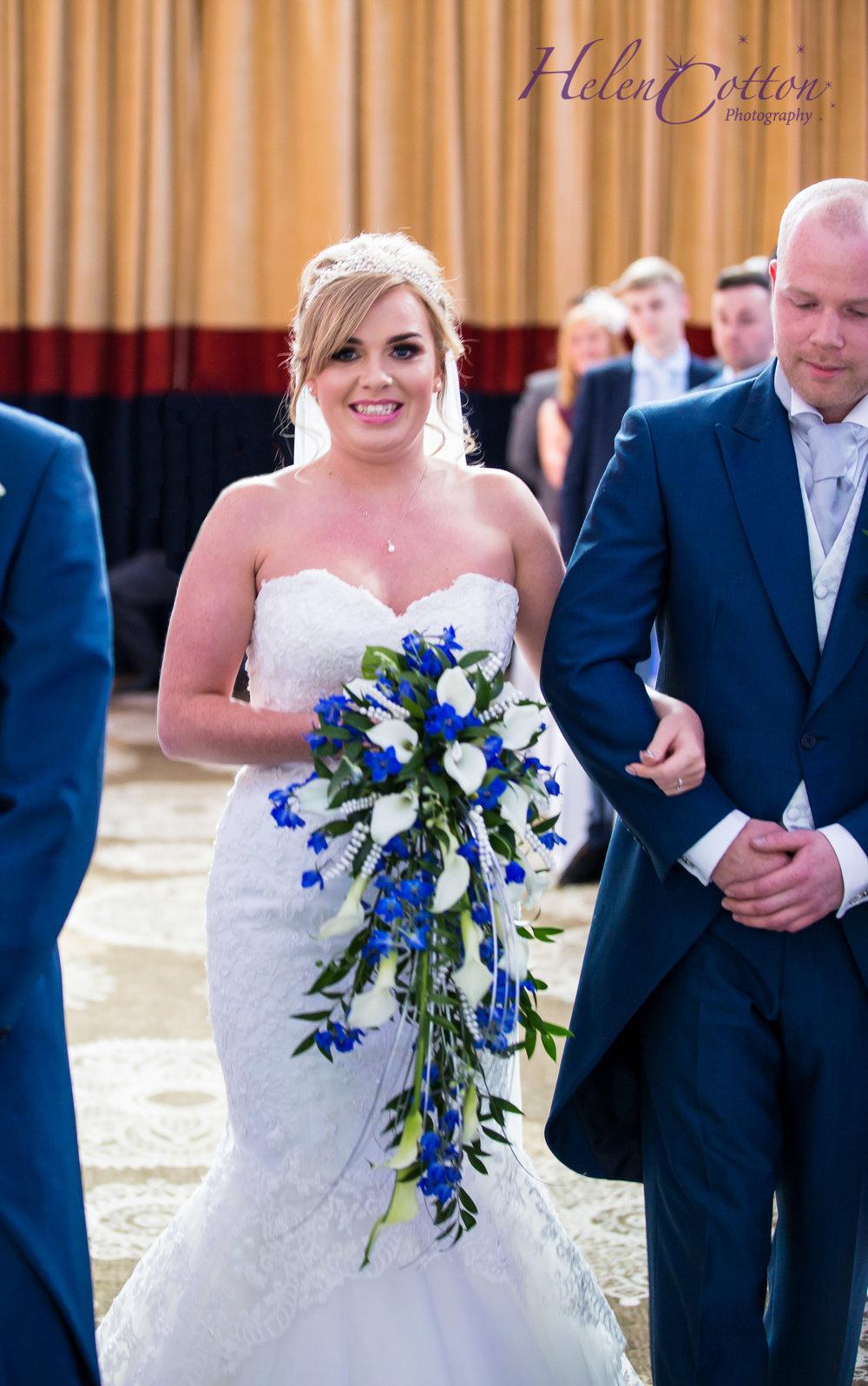 Emily & Chris's Wedding_WEB Wedding_Helen Cotton Photography©IMG_1115-Edit.JPG