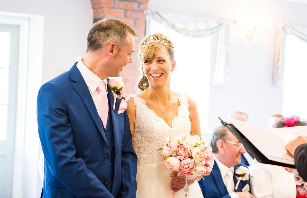 Simon & Michelle's Wedding_Helen Cotton Photography©_11.JPG