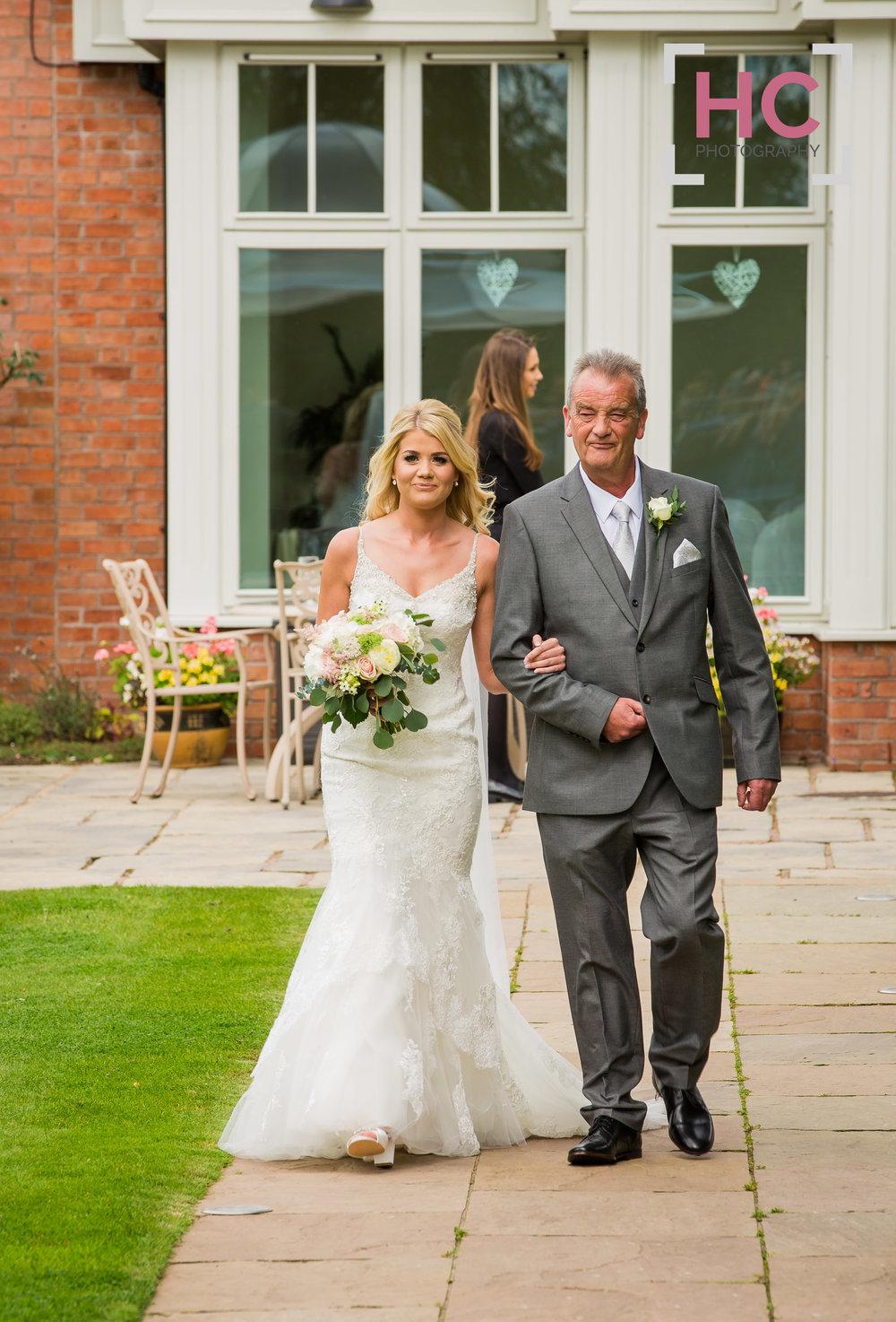 Laurence & Lindsay's Wedding_Helen Cotton Photography©29.JPG