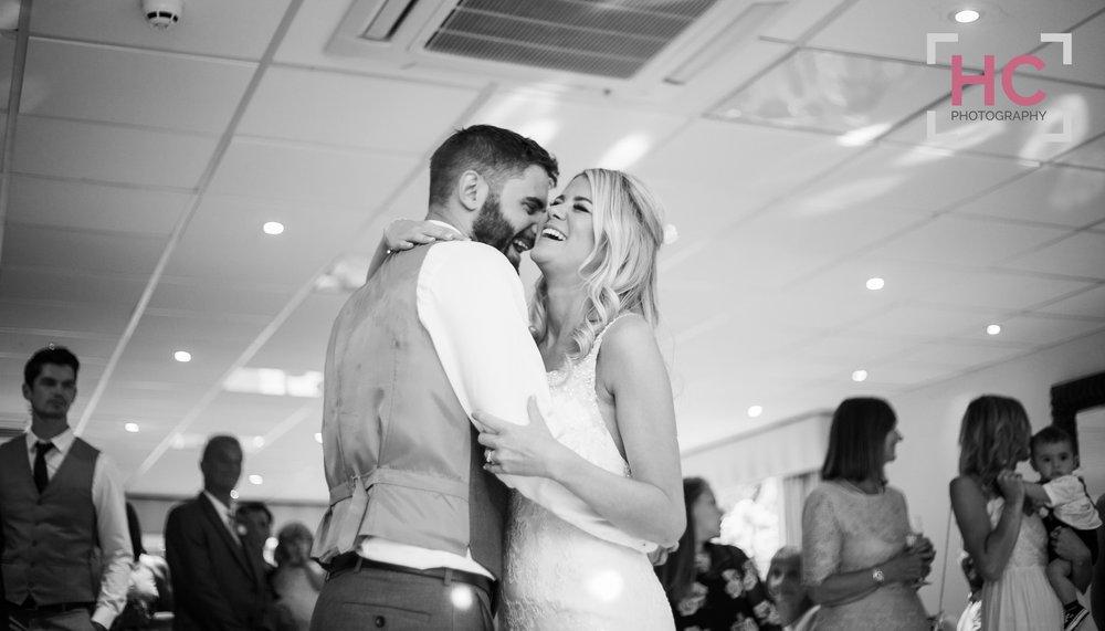 Laurence & Lindsay's Wedding_Helen Cotton Photography©75.JPG