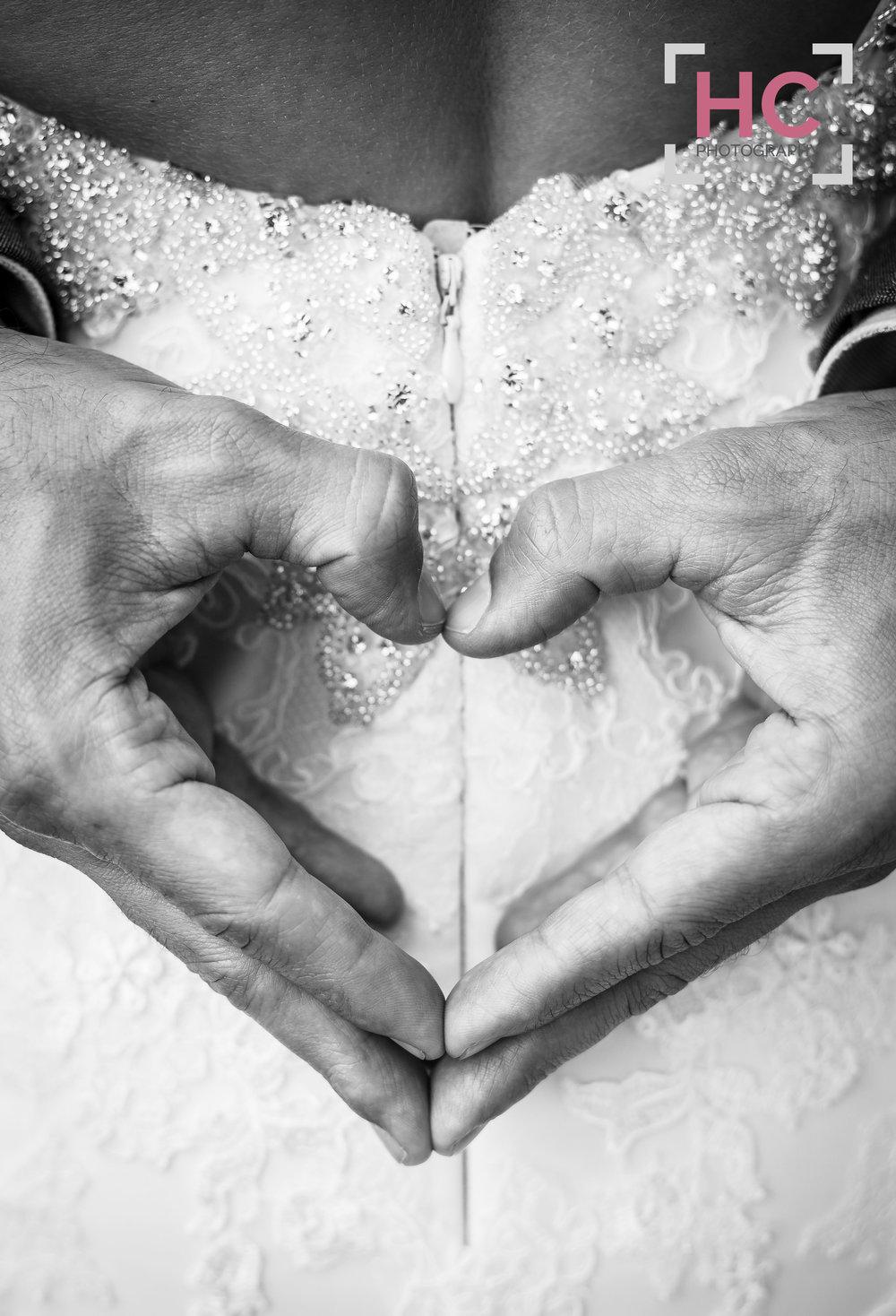 Laurence & Lindsay's Wedding_Helen Cotton Photography©53.JPG