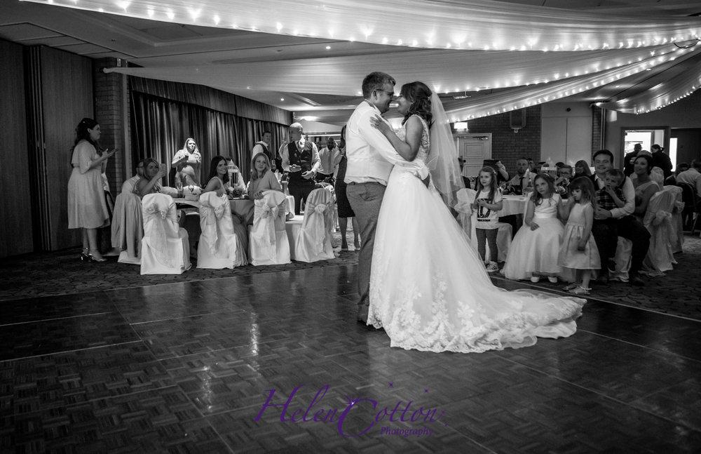 Steph & Alex's Wedding_portal golf_Helen Cotton Photography©_38.JPG