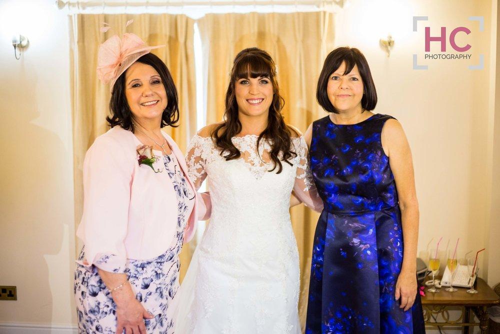 Kim+&+Rich_Wedding+Preview_Sandhole+Oak+Barn_Helen+Cotton+Photography©21.jpg