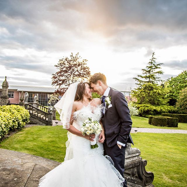 If you have a spare minute please take a look at our new blog on 'Choosing Your Wedding Photographer' just a few little helpful tips we've picked out that might help during the wedding planning. Let us know if it's any good 😆❤️ http://www.helencottonphotography.co.uk/blog/choosingyourweddingphotographer #choosingyourweddingphotographer #weddingphotography #helencottonphotography #cheshireweddingphotographer #staffordshireweddingphotographer #helpfultips #dunwoodhall #combermereabbey #crewehallwedding #theupperhousebarlaston #haslingtonphotography