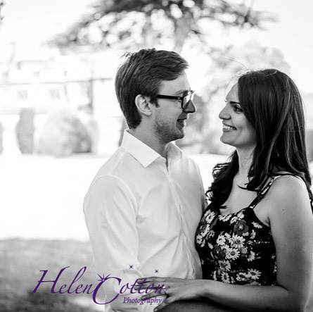Engagement photoshoots, when booking with us for your wedding photography you'll get a free engagement photoshoot 😍gets you used to being in front of the camera with us xxx #engagementphotos #engagementring #weddingphotography #weddingphotoshoot #freephotoshoot #helencottonphotography