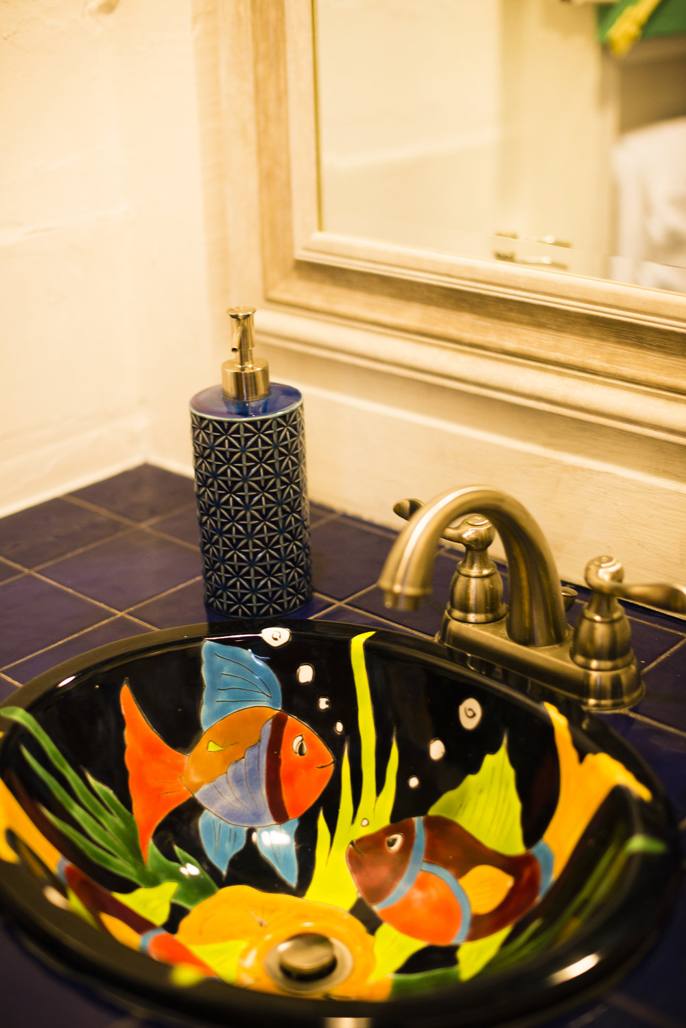 Everywhere you look in La Casita, you will find charming touches that will enhance the exotic feel of your suite