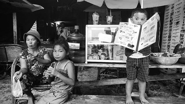 Villagers in Koh Rong Samloem, Cambodia. #kohrong #kohrongsamloem #cambodia #villagepeople #villagelife #documentary #streetphotography #travel #travelphotography #phonetography #bnwphotography #bnw #blackandwhite #blackandwhitephotography #kanmanphotography