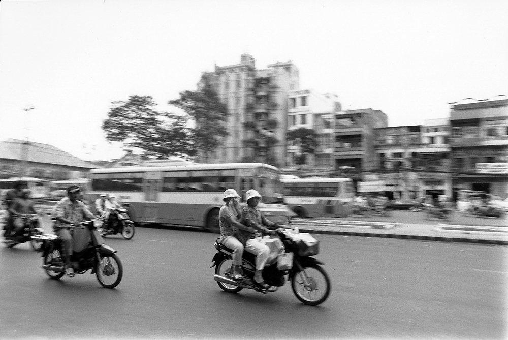 Vietnam_motorbike.jpg