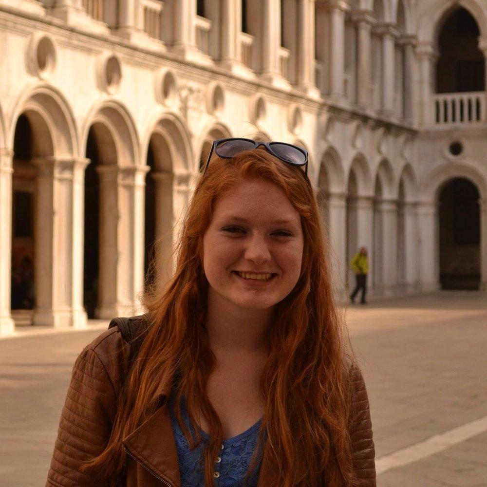 Elise Durand - LinkedIn Coordinator