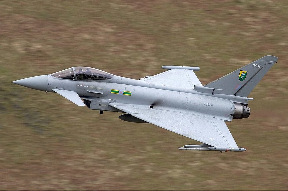 Eurofighter Typhoon. Photo by Chris Lofting - http://www.airliners.net/photo/UK---Air/Eurofighter-EF-2000-Typhoon/1189137/L/, GFDL 1.2, https://commons.wikimedia.org/w/index.php?curid=20654565