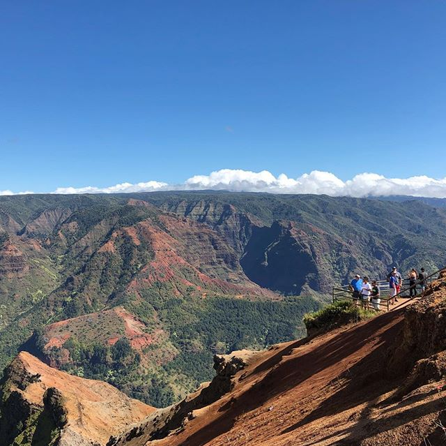 Waimea Canyon | Kauai ⛰ - #waimeacanyon #kauai #hourfun #travel #nature #nofilter #latergram #outside