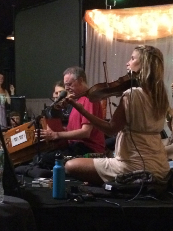 Krishna Das on stage: I Wanna Know What Love Is!