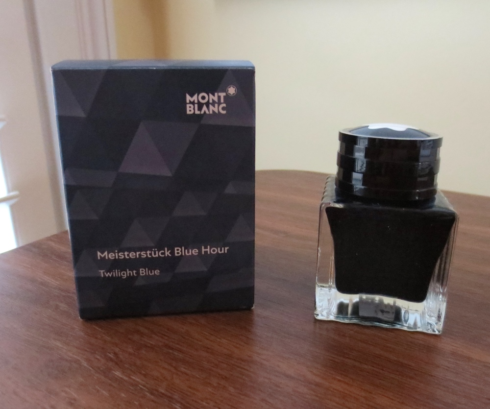 Meisterstuck Blue Hour comes in the same 30ml bottle as other Montblanc Limited Edition inks.