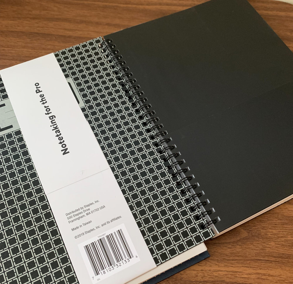 """The inside of each Tru Red notebook features a """"catch-all"""" folder, which I find useful for work."""