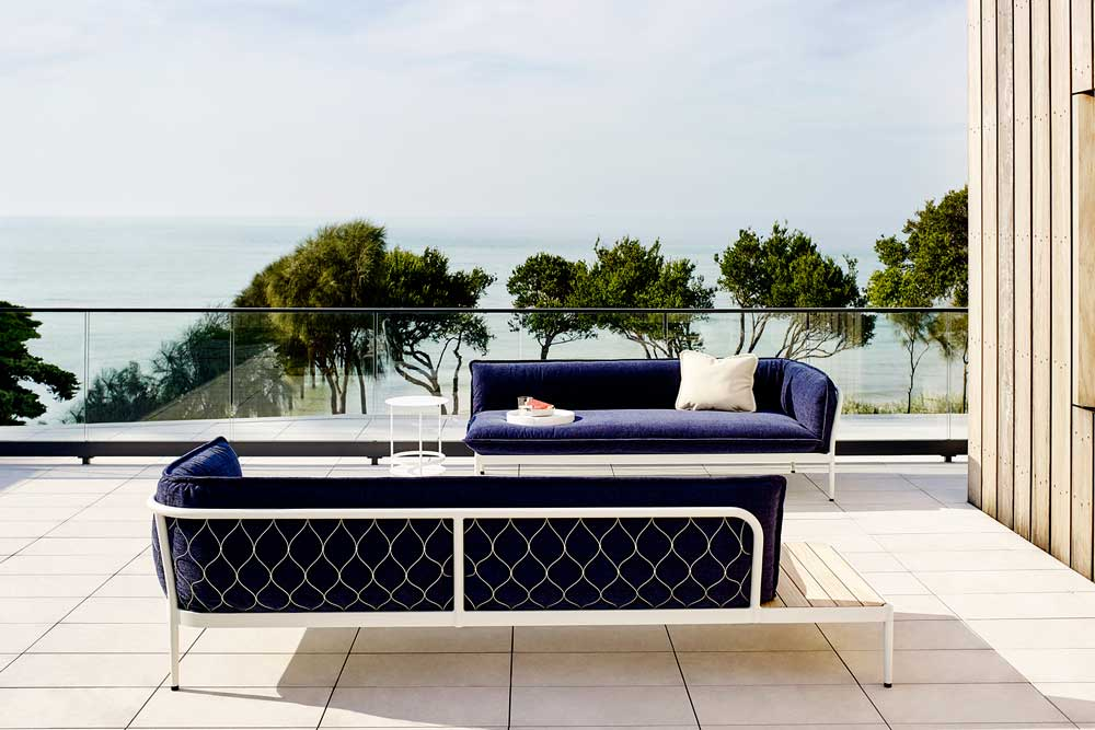 Adam Robinson Design Sydney We Love Aussie Designer Adam Goodrum Trace Outdoor Furniture Tait5.jpg