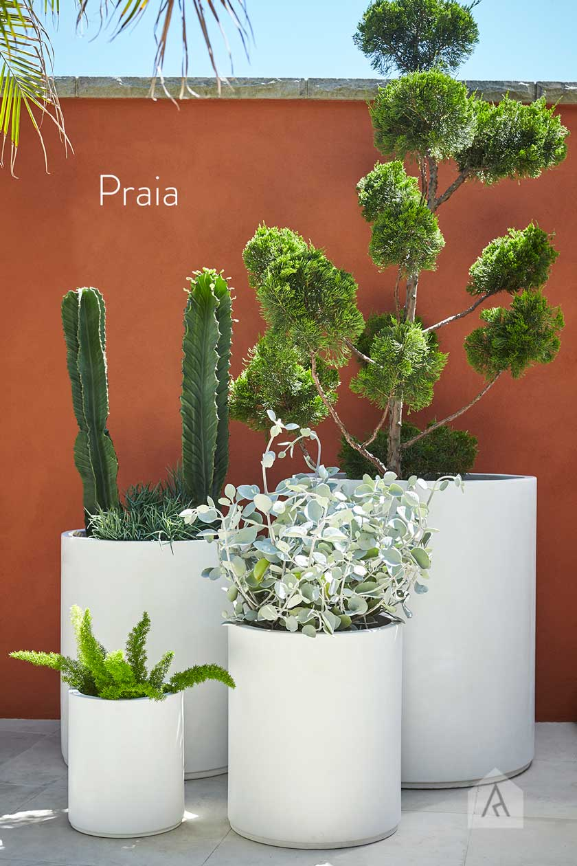 © Adam Robinson Design Garden Life Modernno ARD Pots 03.jpg
