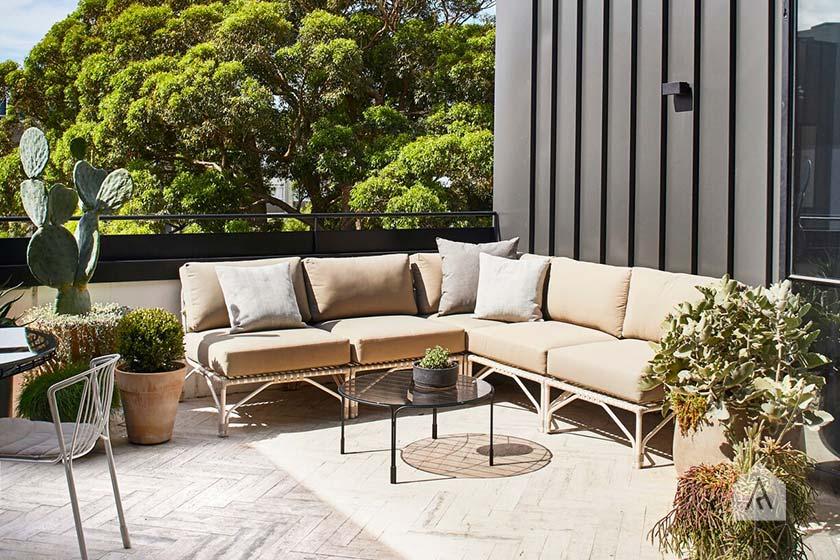 © Adam Robinson Design Sydney Outdoor Design Styling Rooftop Balcony Garden Waterloo 08.jpg