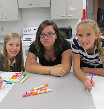 Paige Milnet, Kaylyn Stephens & Kaitlyn Clapper (8th Grade Lodi Students)