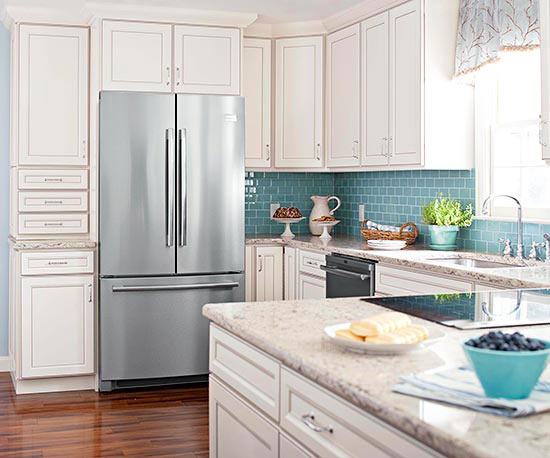 How to Make Your Kitchen Look Like New on a Budget // Staged4more Home Staging & Design Blog