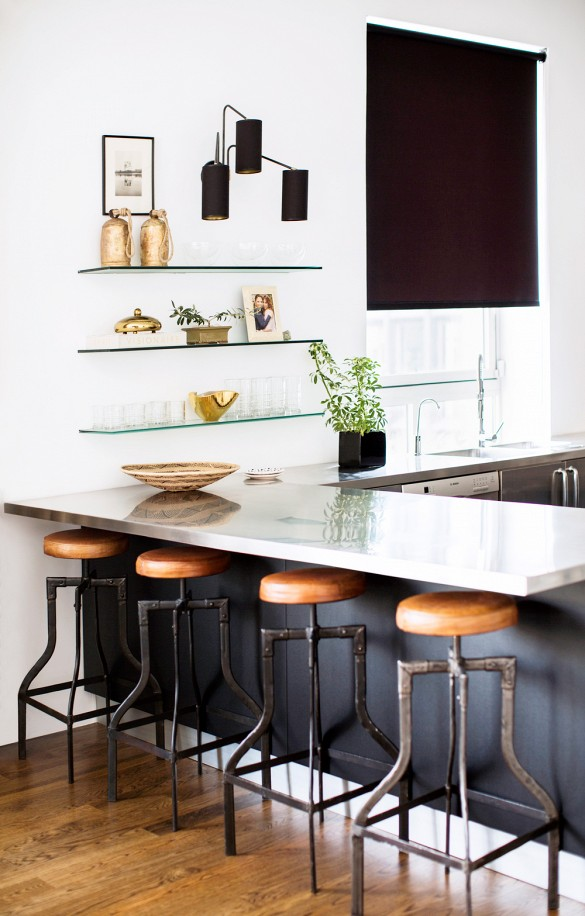 How to Mix and Match Finishes for Maximum Impact || Staged4more Home Staging & Design