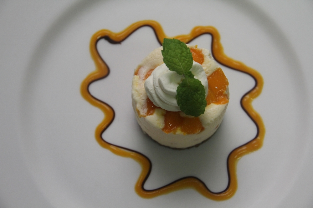 2-12-14 Mango cheesecake 2 (1280x853)